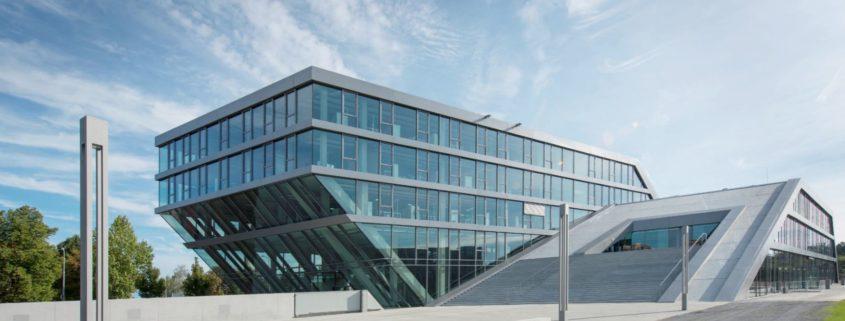 Hahn und Kolb Gewerbebau Elektroinstallationen und Beleuchtung HUMMEL Systemhaus