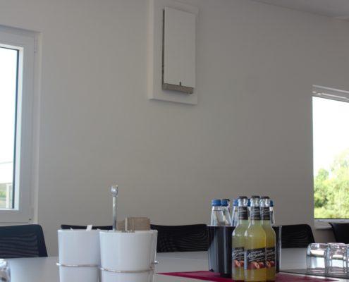Eichhorn & Grundmann Oberbohingen; Neubau; Kreis Esslingen; Energieeffizienz, Elektroinstallation; Elektroinstallationen; Planung; Durchführung; Solarenergie; Effizient; Heizung; Infrarotheizung; Lüftung; dezentrale Lüftung; Photovoltaik; Solarstrom; Fotovoltaik; Lebensmittel; Lebensmittelvertrieb; Hummel und läuft; Systemhaus; Strom; Kosten senkung;