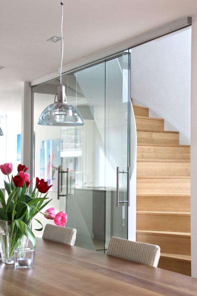 die richtige balance zwischen smart und home hummel systemhaus. Black Bedroom Furniture Sets. Home Design Ideas