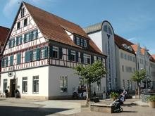Hauptstelle der Volksbank Kirchheim Nürtingen wird saniert.